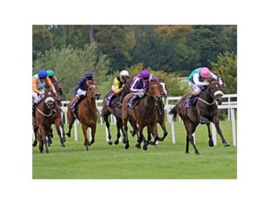 "Emulous flies home to win the Matron Stakes.<br><a target=""blank"" href=""http://www.bloodhorse.com/horse-racing/photo-store?ref=http%3A%2F%2Fpictopia.com%2Fperl%2Fgal%3Fprovider_id%3D368%26ptp_photo_id%3D9654958%26ref%3Dstory"">Order This Photo</a>"