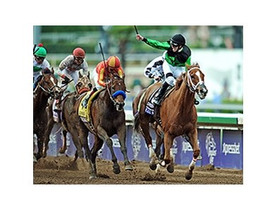 "Work All Week wins the 2014 Xpressbet Breeders' Cup Sprint. <br><a target=""blank"" href=""http://photos.bloodhorse.com/BreedersCup/2014-Breeders-Cup/Sprint/i-CW4VZQj/A"">Order This Photo</a>"