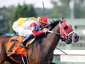 Furthest Land wins the 2009 Kentucky Cup Classic.