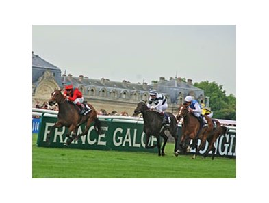 Golden Lilac wins the Prix de Diane-Longines (Fr-I).