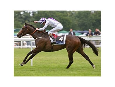 "Lush Lashes takes control in the Coronation Stakes.<br><a target=""blank"" href=""http://www.bloodhorse.com/horse-racing/photo-store?ref=http%3A%2F%2Fpictopia.com%2Fperl%2Fgal%3Fprovider_id%3D368%26ptp_photo_id%3D4899964%26ref%3Dstory"">Order This Photo</a>"