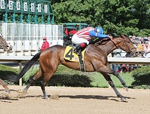May Day Rose wins the 2011 Instant Racing Stakes.