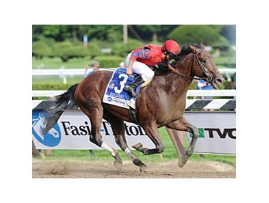 "Bullsbay pulls away to upset the Whitney at Saratoga.<br><a target=""blank"" href=""http://www.bloodhorse.com/horse-racing/photo-store?ref=http%3A%2F%2Fpictopia.com%2Fperl%2Fgal%3Fprovider_id%3D368%26ptp_photo_id%3D8393557%26ref%3Dstory"">Order This Photo</a>"