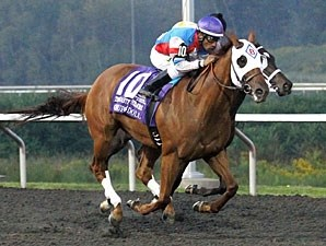 Groupie Doll wins the Presque Isle Masters Stakes.