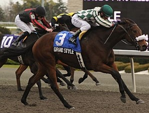 Grand Style wins the 2010 Princess Elizabeth.