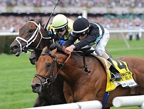 Desert Blanc winning the Manhattan Handicap.