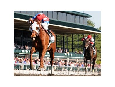"Groupie Doll charges to victory in the Vinery Madison at Keeneland.<br><a target=""blank"" href=""http://photos.bloodhorse.com/AtTheRaces-1/at-the-races-2012/22274956_jFd5jM#!i=1791682560&k=RxFZ835"">Order This Photo</a>"