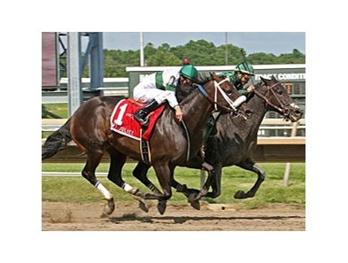 Indian Legend (inside) outfinishes Tar Heel Mom to win the My Juliet Stakes.