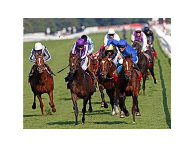 "Encke (right) holds off Camelot to win the St. Leger at Doncaster.<br><a target=""blank"" href=""http://photos.bloodhorse.com/AtTheRaces-1/at-the-races-2012/22274956_jFd5jM#!i=2088231601&k=bfKrTVs"">Order This Photo</a>"