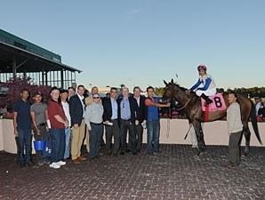 Falling Sky wins the 2013 Sam F. Davis.