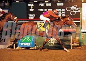 Into Mischief takes the CashCall Futurity