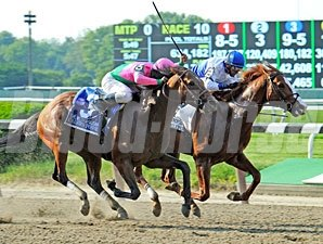 Shackleford wins the Met Mile.