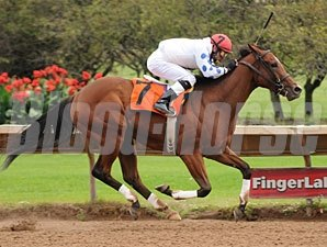Bug Juice wins the 2010 New York Breeders' Futurity.