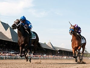 It's Tricky wins the 2011 CCA Oaks.