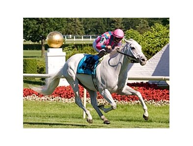 Silverfoot, shown winning the Stars and Stripes Turf Handicap, headlines a field of 10 in the Kentucky Cup Turf.