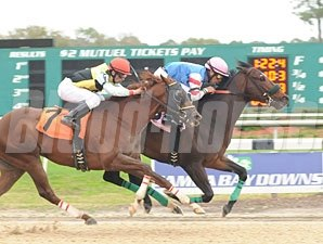 Musket Man wins the 2010 Super Stakes.