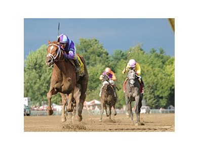 "Princess of Sylmar leaves the others behind in the Coaching Club American Oaks.<br><a target=""blank"" href=""http://photos.bloodhorse.com/AtTheRaces-1/at-the-races-2013/27257665_QgCqdh#!i=2646704876&k=RgghFXd"">Order This Photo</a>"