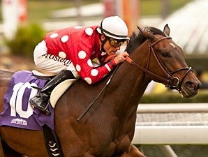 Purim's Dancer wins the Wishing Well Stakes giving jockey Gary Stevens his second graded stakes win after his return.