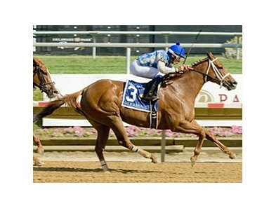 Gleaming Upsets Favorite in Sweet and Sassy Stakes