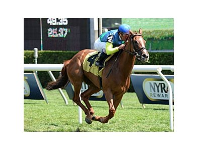 "Dayatthespa comes home strong to win the Yaddo Stakes.<br><a target=""blank"" href=""http://photos.bloodhorse.com/AtTheRaces-1/at-the-races-2013/27257665_QgCqdh#!i=2704418852&k=FJXPjnW"">Order This Photo</a>"