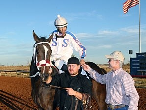 Ol Winedrinker Who wins the 2012 Zia Park Derby.