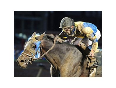 Looking Cool and Leandro Goncalves capture the Iowa Derby.