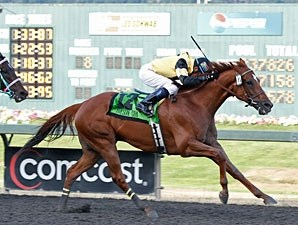 Awesome Gem wins the 2011 Longacres Mile.