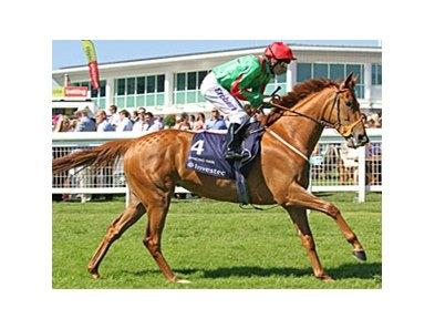 Dancing Rain wins the Investec Oaks