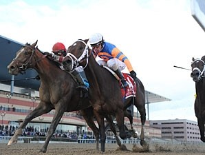Overanalyze wins the 2012 Remsen (Normandy Invasion 2nd).