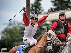 Toccetive wins the 2012 Canadian Derby.
