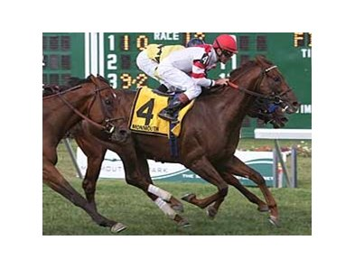 Silver Tree wins the Oceanport (gr. IIIT) under Kent Desormeaux.