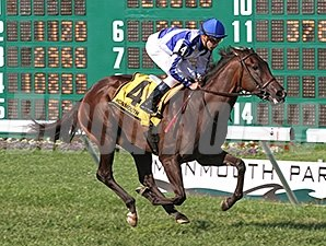 Funfair wins the 2012 Colleen Stakes.