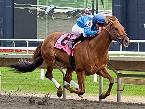 Super Claim Gran Estreno Wins Washington Park