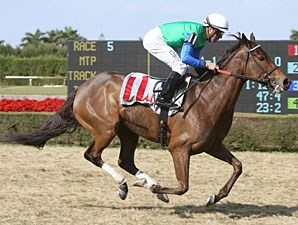 Changing Skies wins the 2011 La Prevoyante.