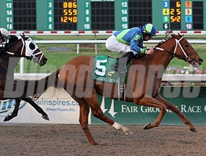 It Happened Again wins the 2011 Claiming Crown Jewel.
