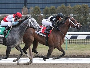 Distorted Passion wins the 2010 Interborough.