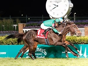 Bizzy Caroline wins the 2012 Early Times Mint Julep.