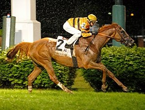 Wise Dan Squeezes Out Soggy Firecracker Win