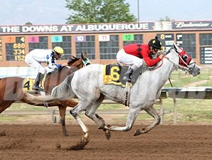 Zenon's Star wins the 2012 Don Juan de Onate.