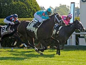 Bittel Road Flies Late to Score Bourbon