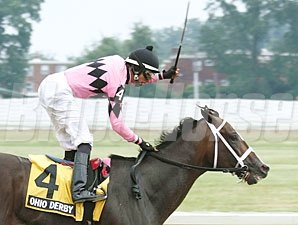 Title Contender wins the 2013 Ohio Derby.
