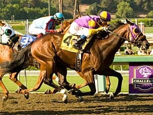 Street Hero wins the 2008 Norfolk