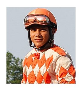 Jockey Elvis Trujillo