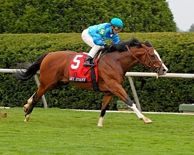 Get Stormy wires the Maker's Mark Mile.