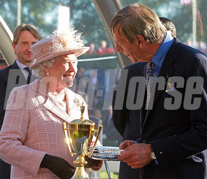 HM Queen presents to Sir Henry Cecil, Franke wins the QEII Stakes, Ascot 15/10/11