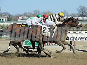 House Rules wins the Top Flight April 11.