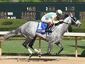 Race Day wins the Oaklawn Handicap.