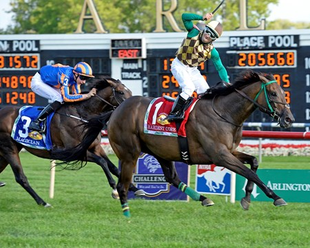 Hardest Core captures the Arlington Million (gr. IT) on August 16, 2014.