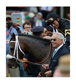 "117,203 saw Oxbow, Gary Stevens, and D. Wayne Lukas win the Preakness.<br><a target=""blank"" href=""http://photos.bloodhorse.com/TripleCrown/2013-Triple-Crown/Preakness-Stakes-138/29423277_98XmS6#!i=2519783162&k=6wzgSbr"">Order This Photo</a>"