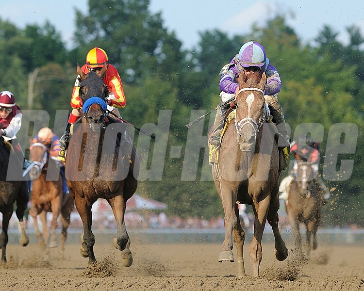 Princess of Sylmar wins the Alabama Stakes (gr. 1)